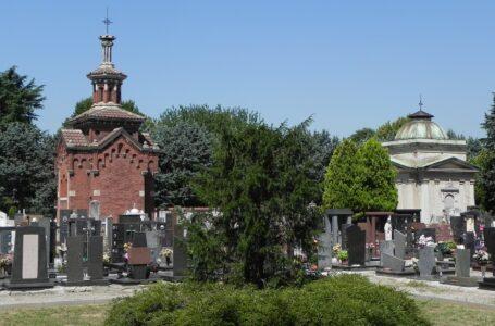 Infiltrazioni e calcinacci nei cimiteri di Cinisello, la giunta annuncia i lavori