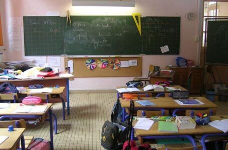 Da oggi scuole aperte tranne le superiori, per 48 ore tutti in zona gialla