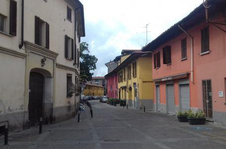 """Raccolta di firme nel centro storico di Cormano. """"Rispettare la ZTL"""""""